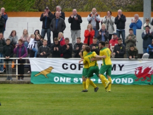 Canaries end on a high